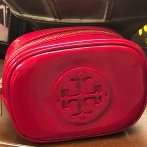 NWT! TORY BURCH STACKED PATENT SMALL COSMETIC CASE